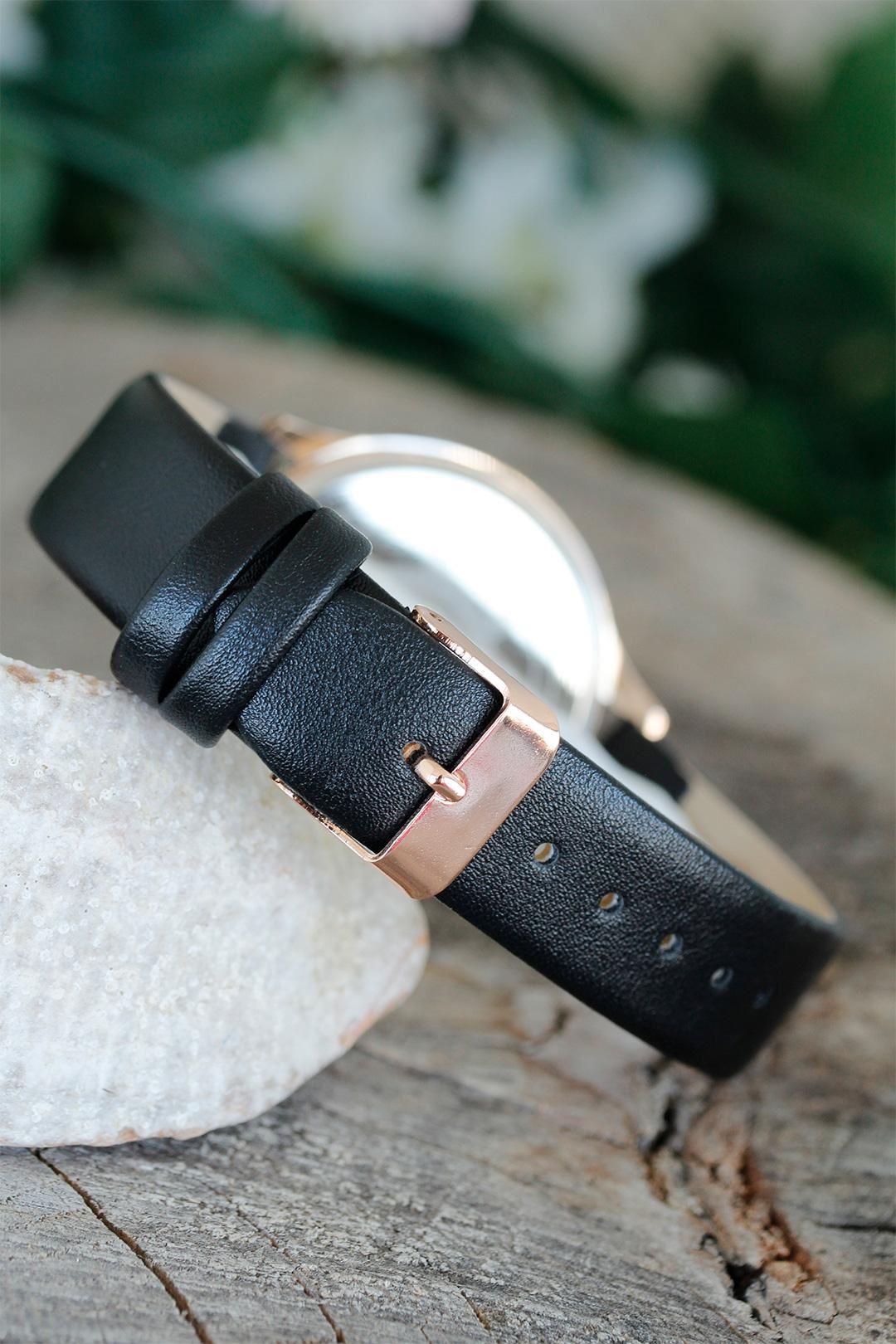 Elif Vav Tasarımlı Siyah Renk Deri Kordonlu Bayan Saat