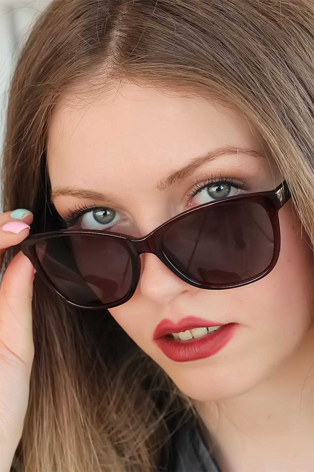Bordo Kare Clariss Marka Bayan Güneş Gözlüğü