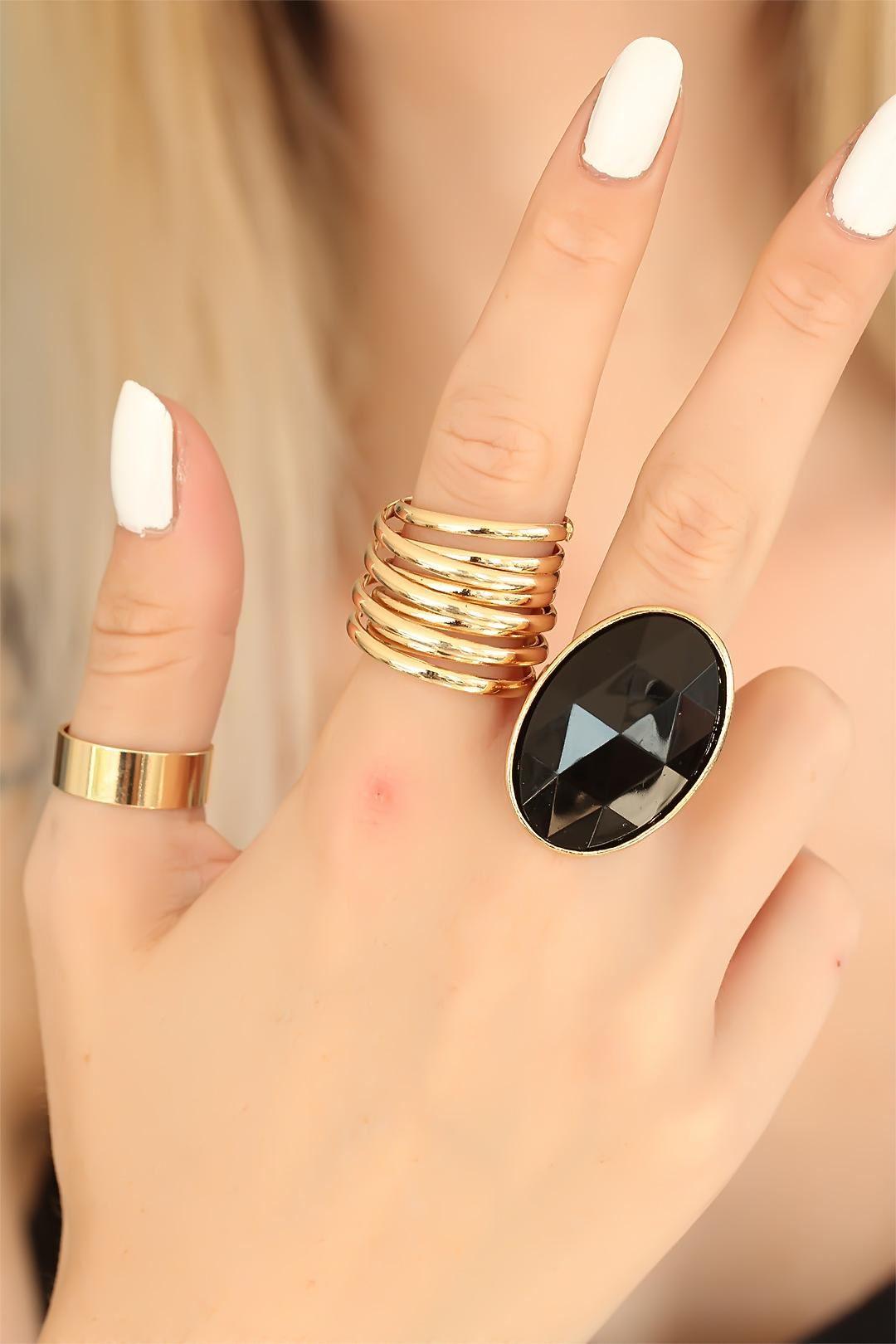 Trend Siyah Taşlı Gold Renk Metal Bayan Yüzük Seti