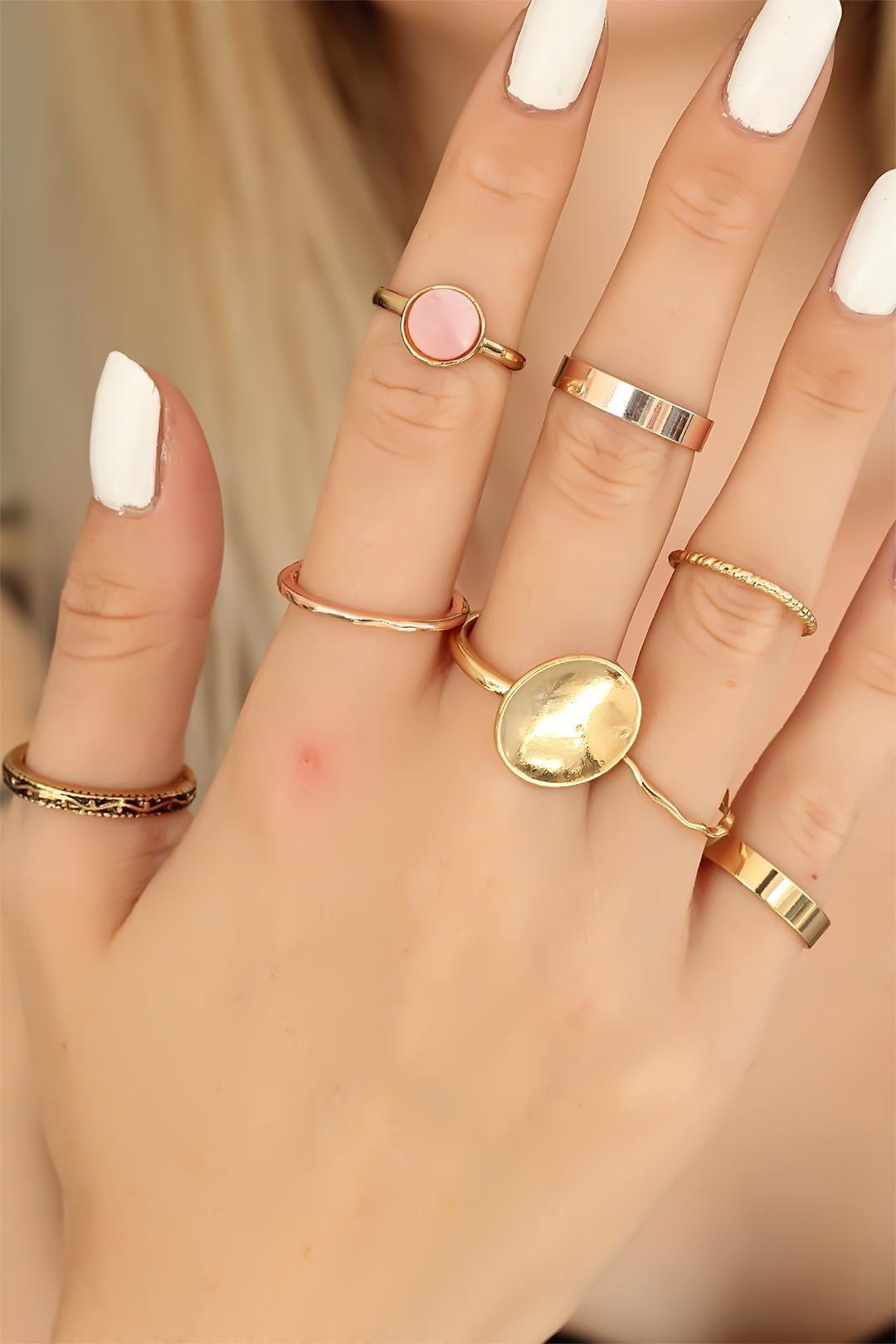 Trend Renk Taşlı Gold Renk Metal Bayan Yüzük Seti