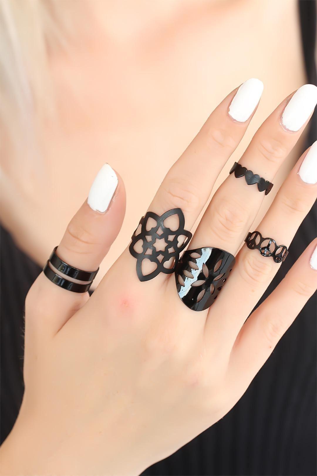Siyah Renkli Kalpli Bayan Yüzük Seti