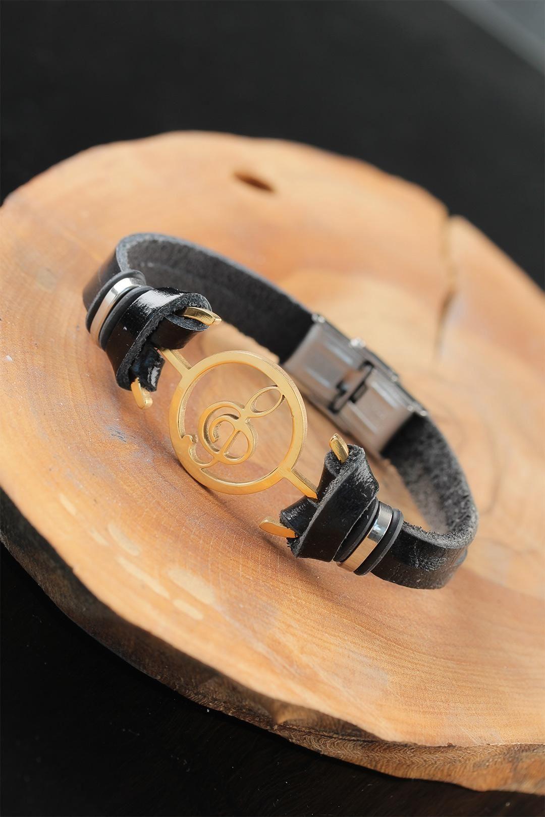 Gold Renk Metal Sol Anahtarlı Tasarım Siyah Renk Deri Erkek Bileklik