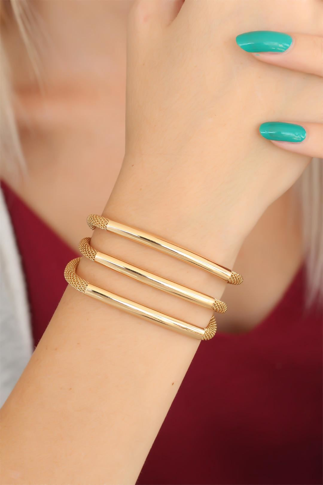 Gold Renk Metal Çoklu Bayan Bileklik