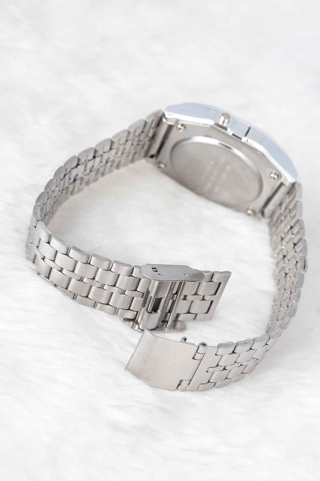 Silver Renk Metal Kordonlu Dijital Retro Bayan Saat