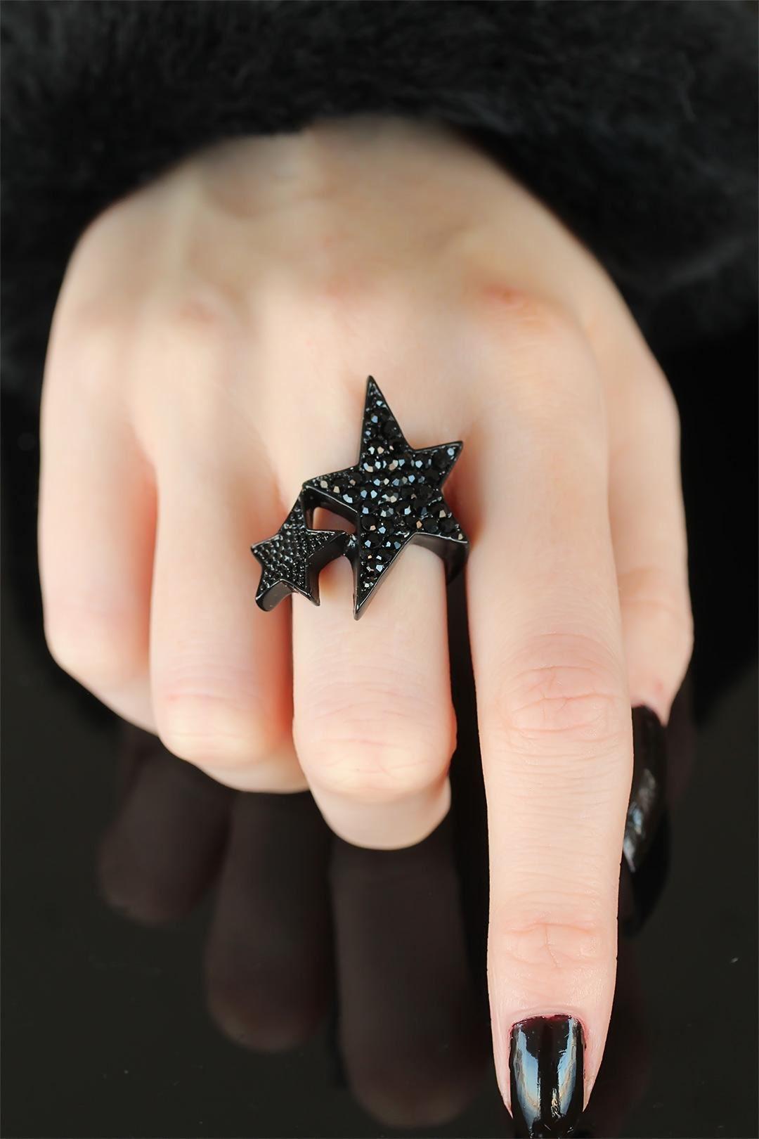 Siyah Renk Taşlı Yıldızlı Bayan Ayarlamalı Yüzük