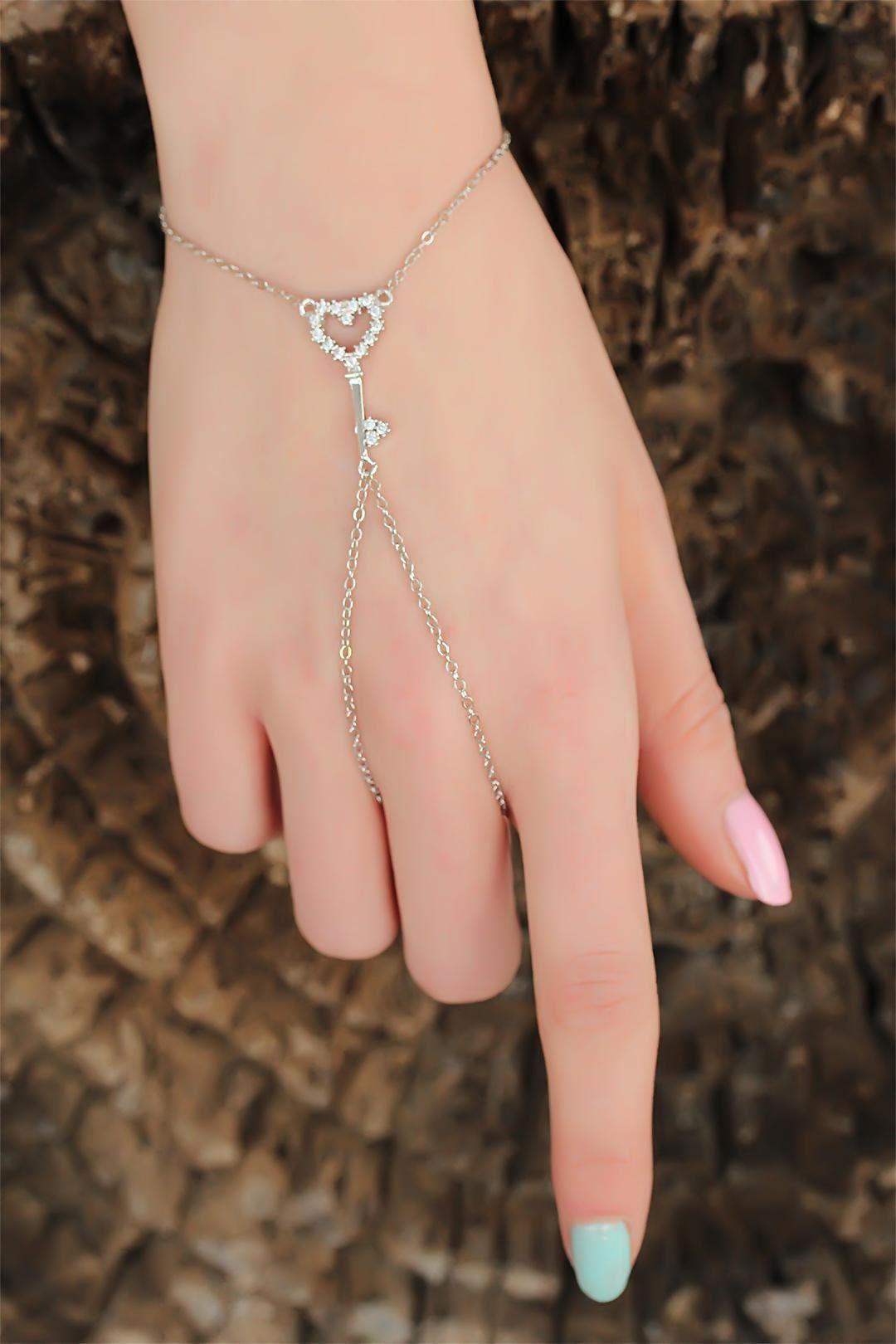 Silver Renk Zirkon Taşlı Anahtarlı Kalp Figürlü Şahmeran Bileklik