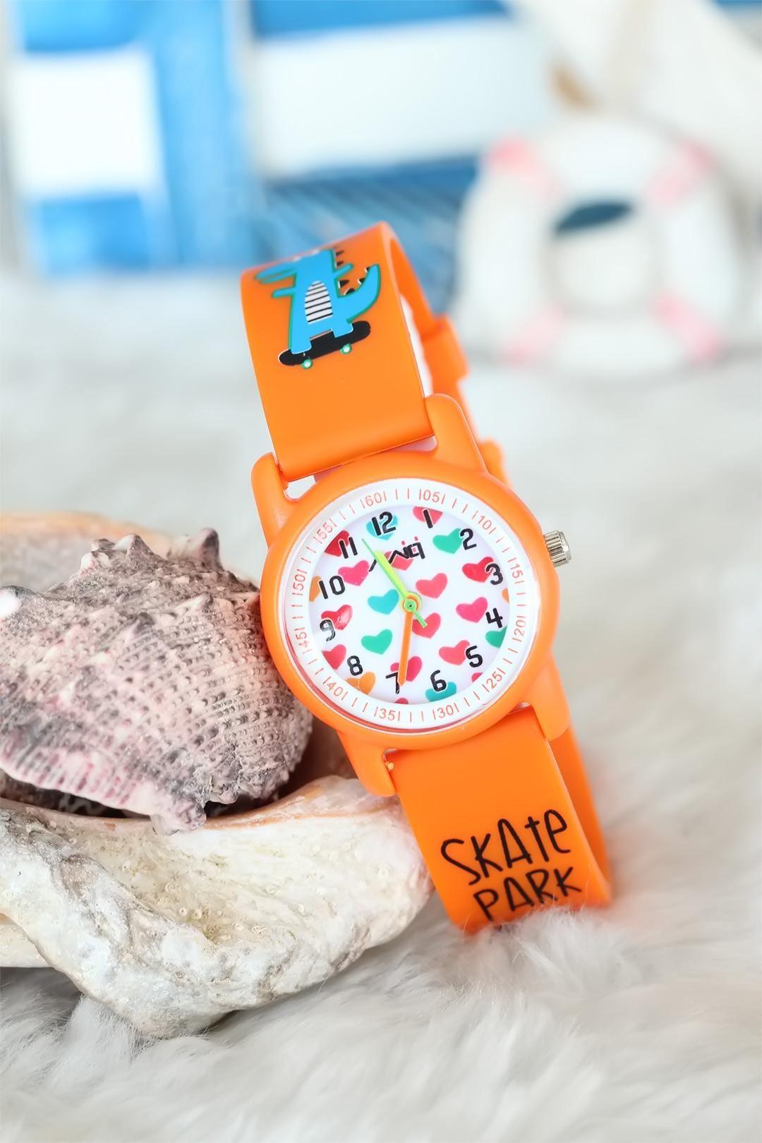 Turuncu Renk Silikon Kordonlu Dinazor Tasarımlı Çocuk Saati