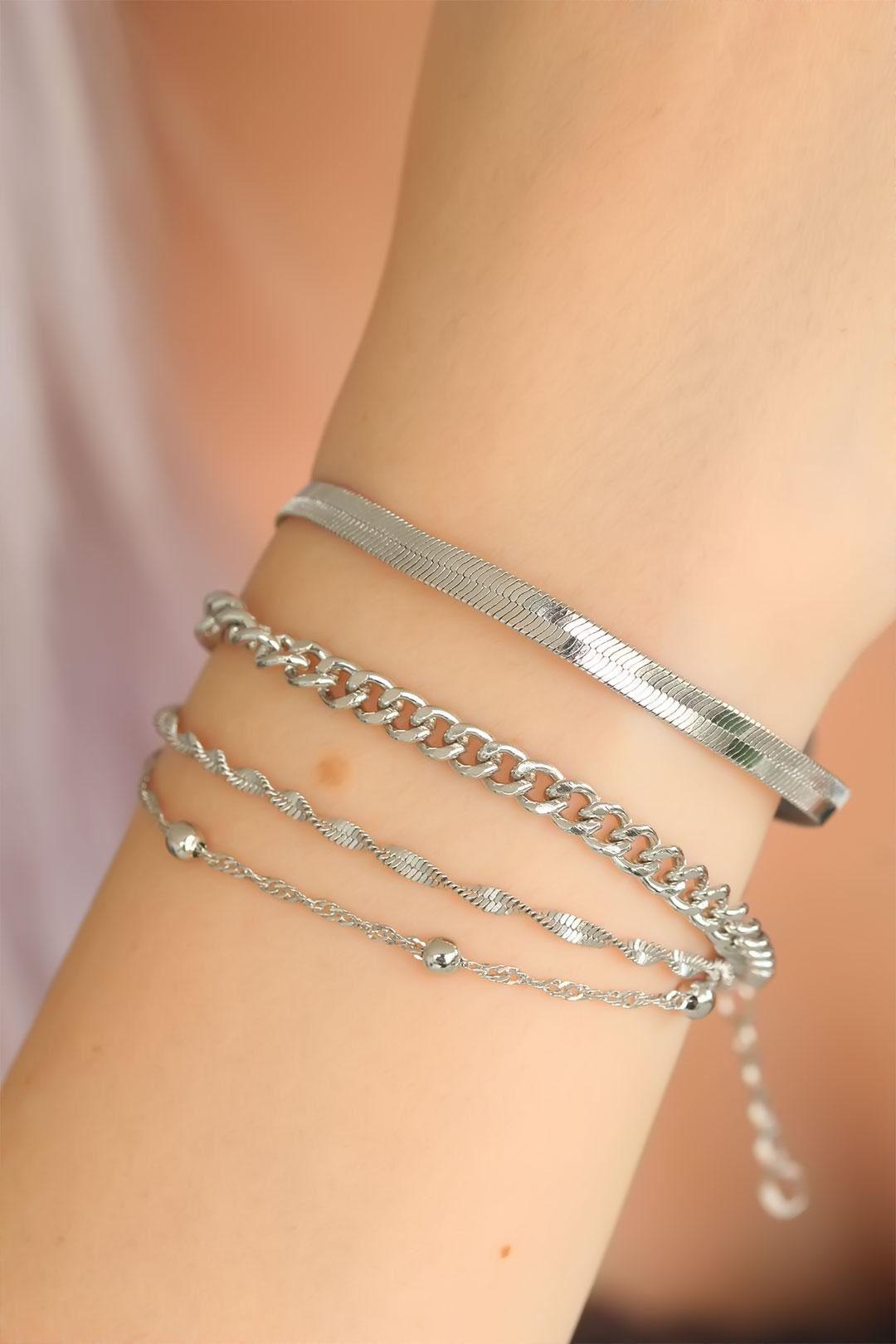 Silver Renkli Çoklu Bayan Bileklik