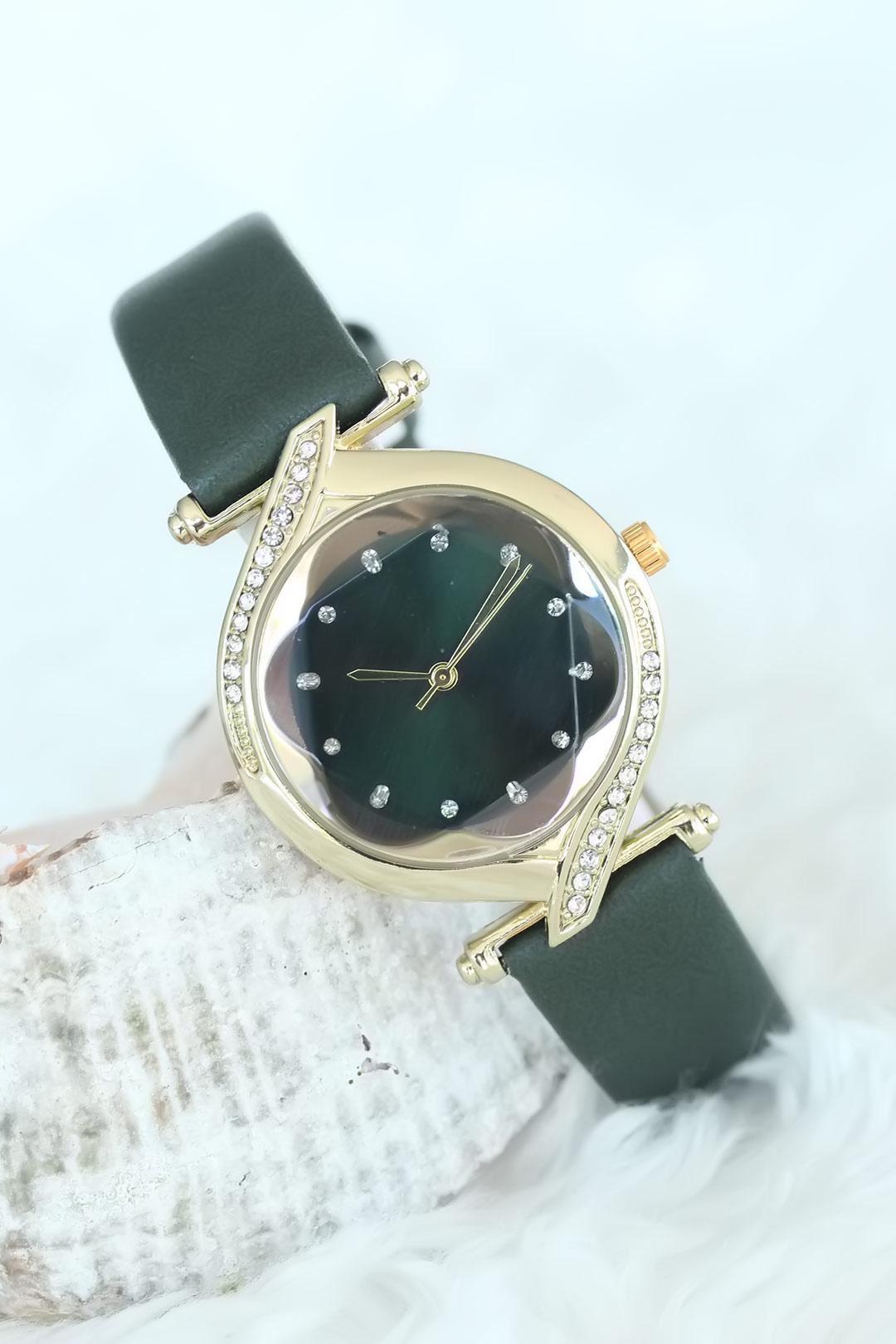 Taşlı Gold Kasalı Yeşil Deri Kordon Bayan Saat