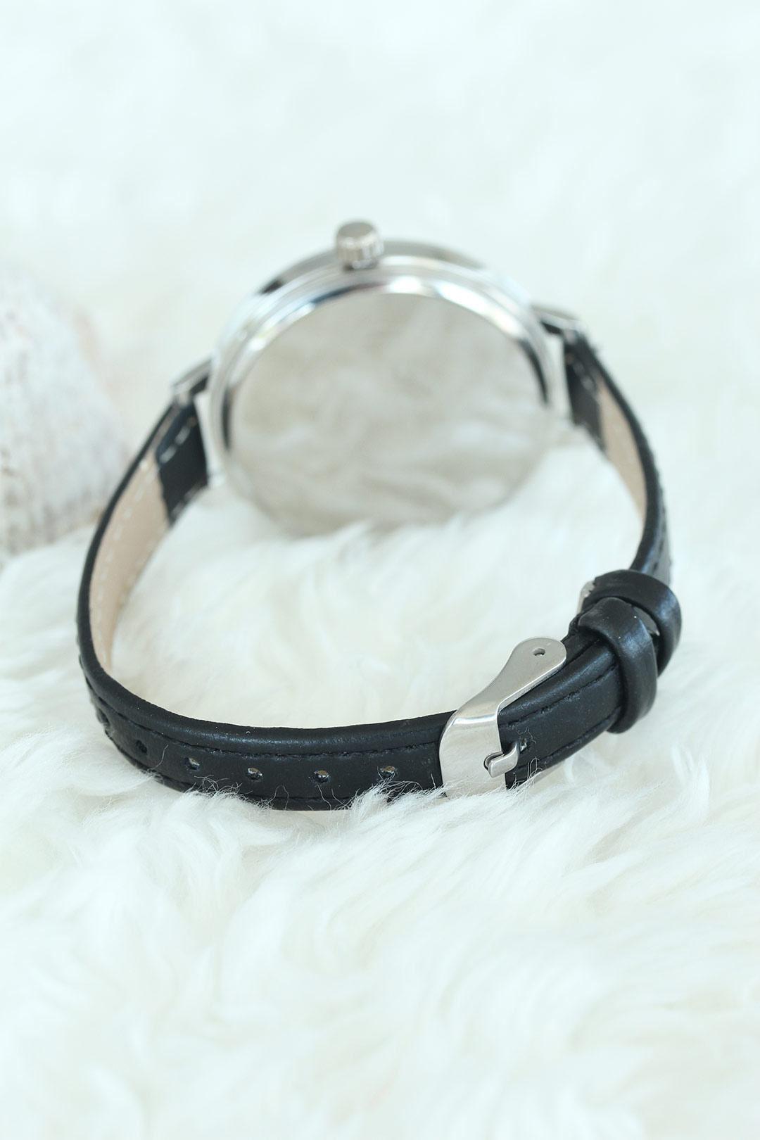Siyah Deri Kordon Atatürklü Silver Renk Kasalı Bayan Saat
