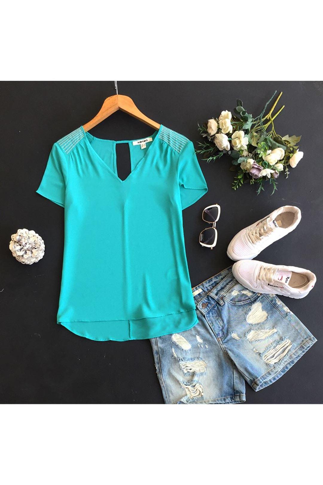 Omuz Taşlı Yeşil Kadın Bluz 108048