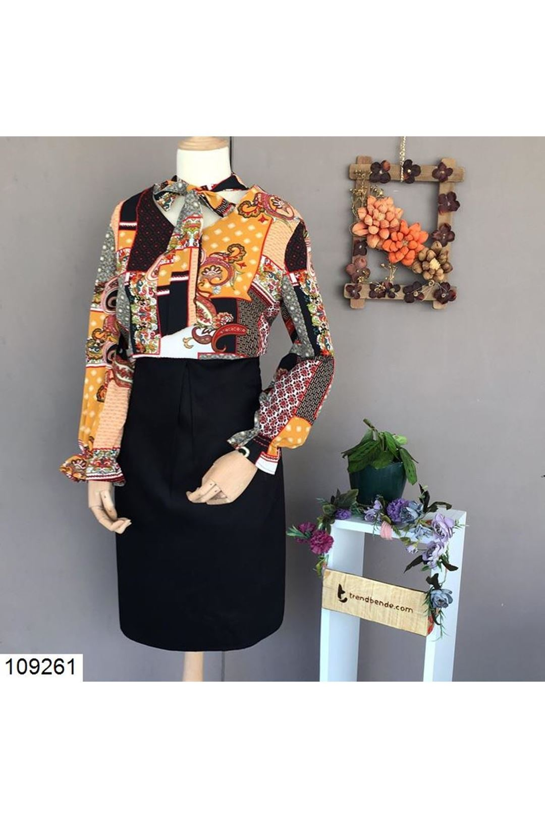 Desenli Yaka Bağlamalı Kadın Bluz 109261