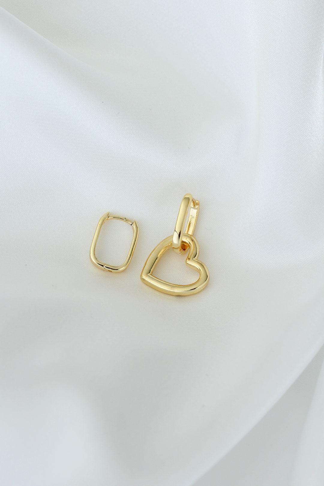 Kalp Model Altın Renk Metal Kadın Küpe