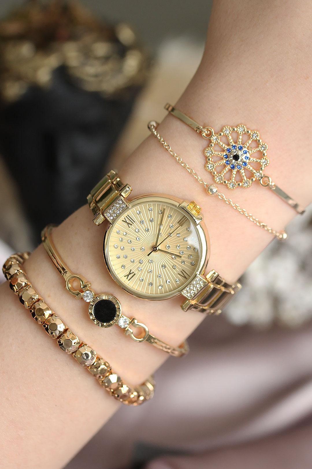 Altın Renkli Zirkon Taşlı Roma Rakamlı Kadın Saat ve Bileklik Kombini