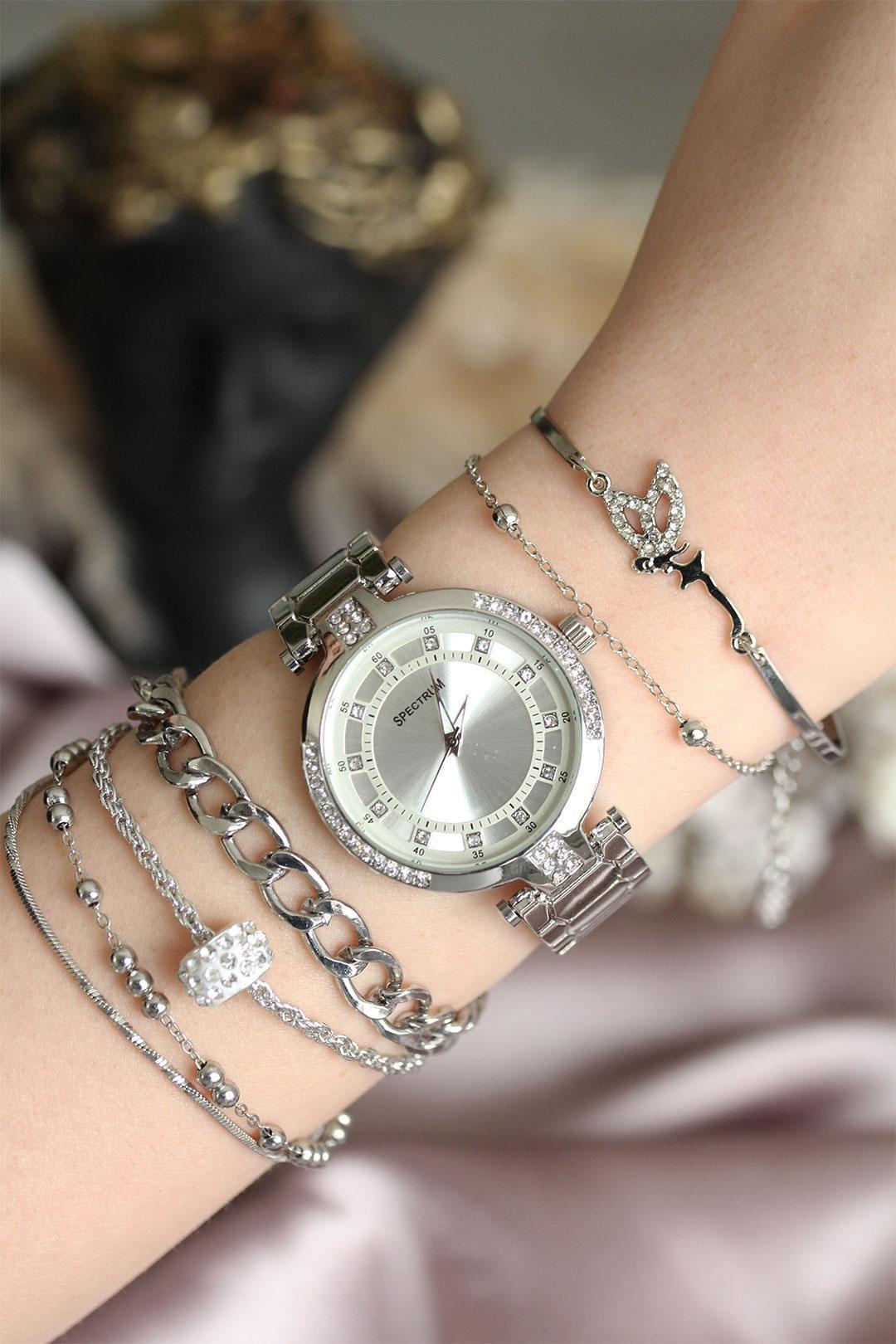 Gümüş Renk Zirkon Taşlı Kadın Saat ve Bileklik Kombini