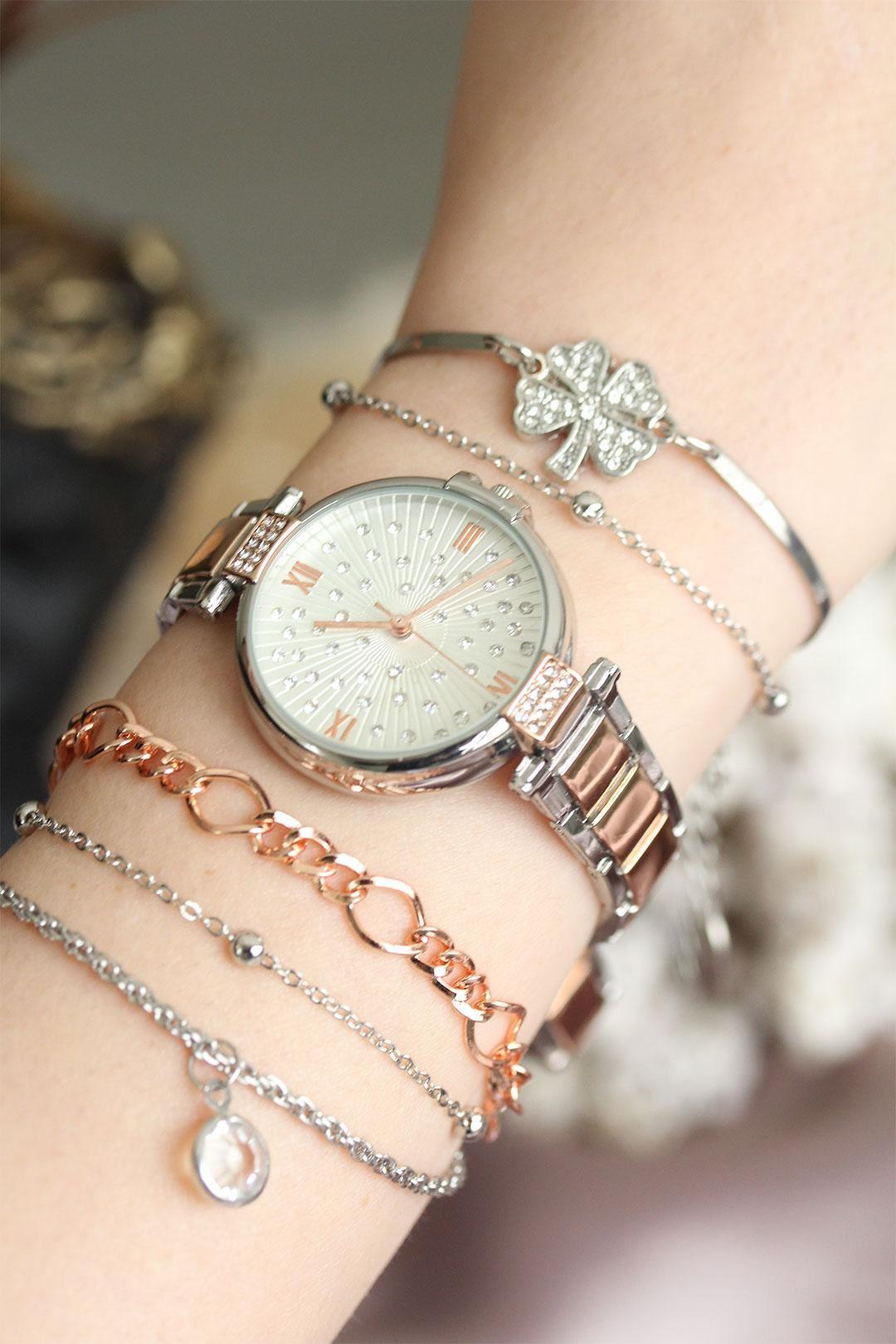 Gümüş Renkli Zirkon Taşlı Roma Rakamlı Kadın Saat ve Bileklik Kombini