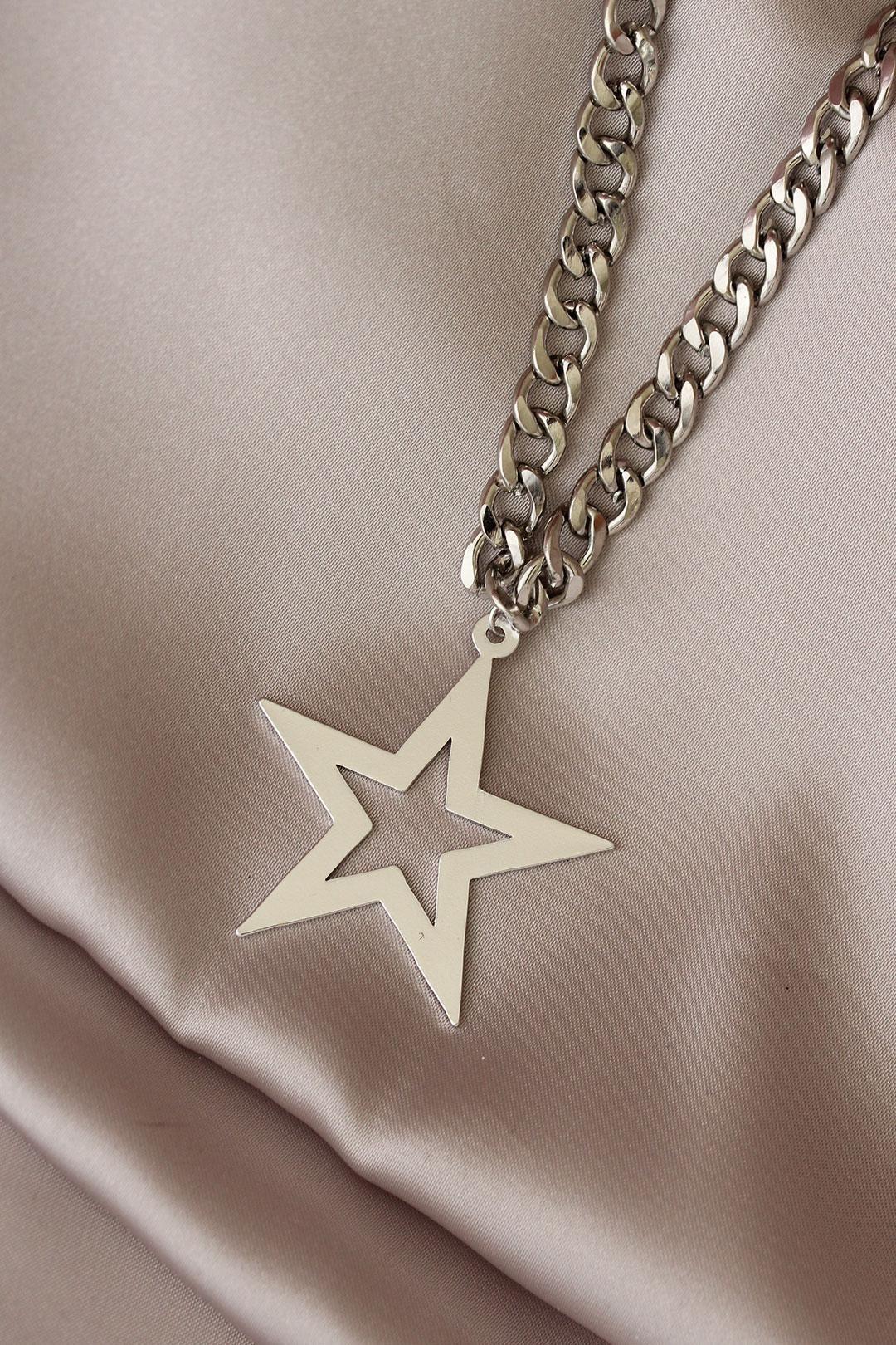 Gümüş Renk Yıldız Model Kalın Zincir Tasarımlı Kolye