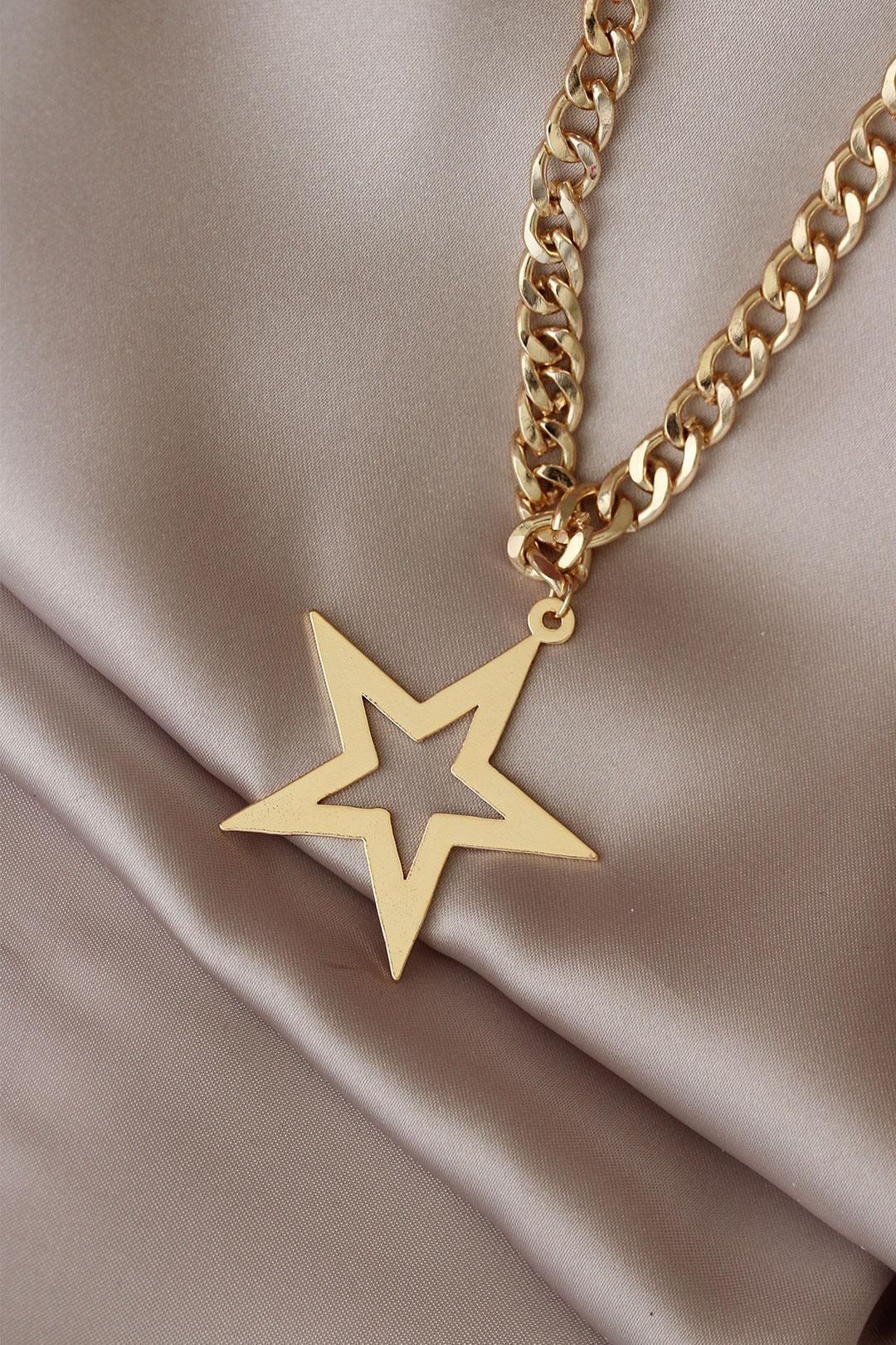 Altın Renk Yıldız Model Kalın Zincir Tasarımlı Kolye