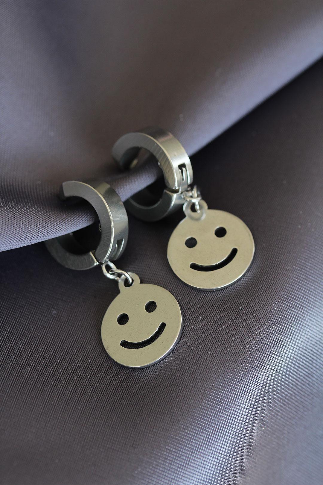 Smile Tasarımlı Sıkıştırmalı Çelik Küpe