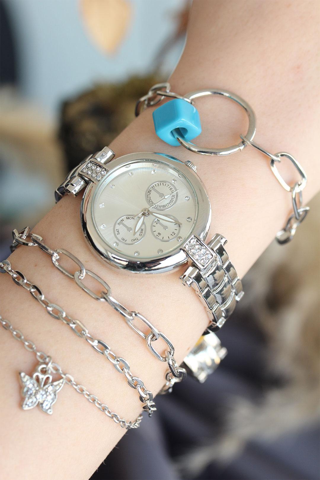 Gümüş Renk Metal Kordonlu Kadın Saat ve Bileklik Kombini