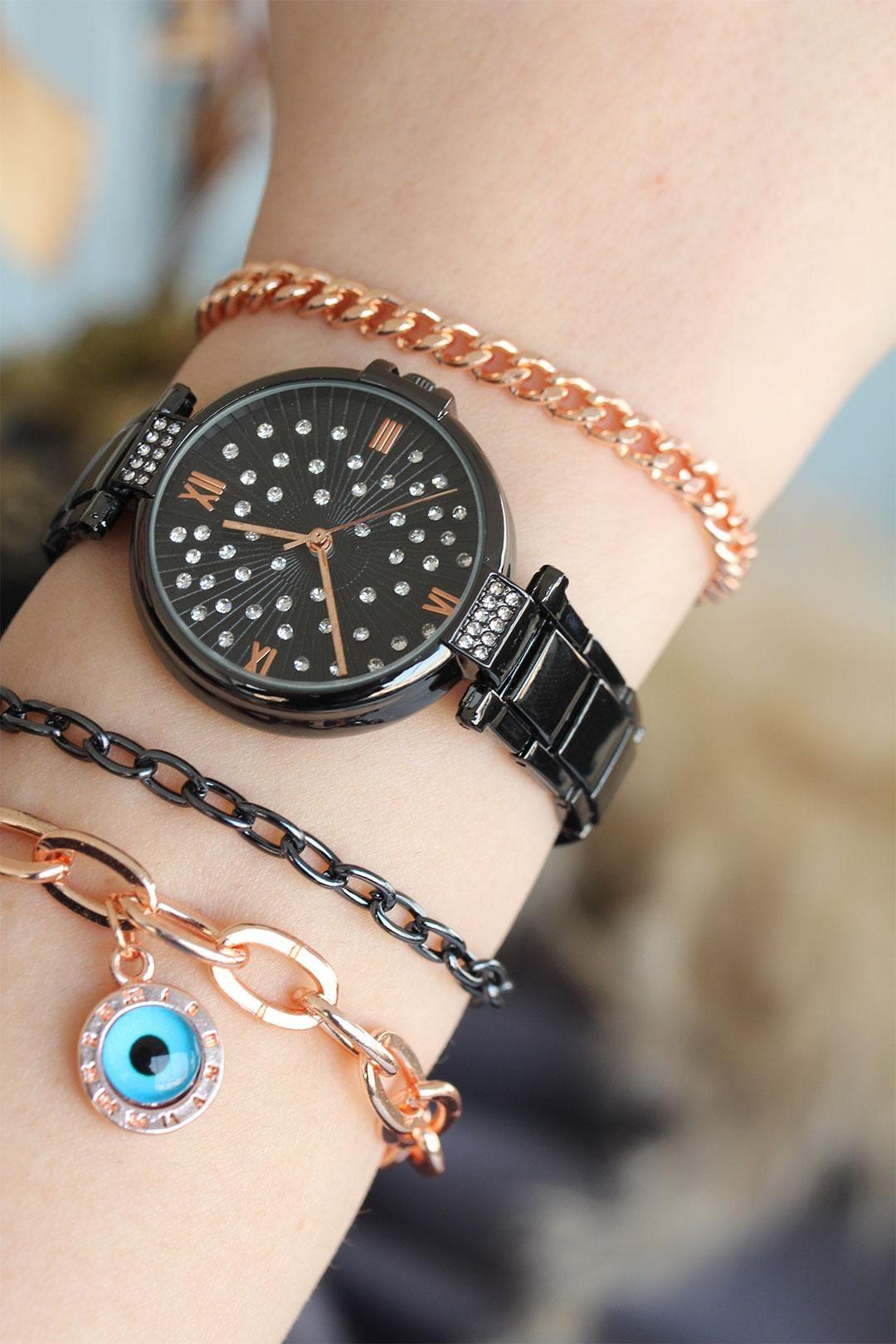 Roma Rakamlı Füme Renk Metal Kasa Kadın Saat ve Bileklik Kombini