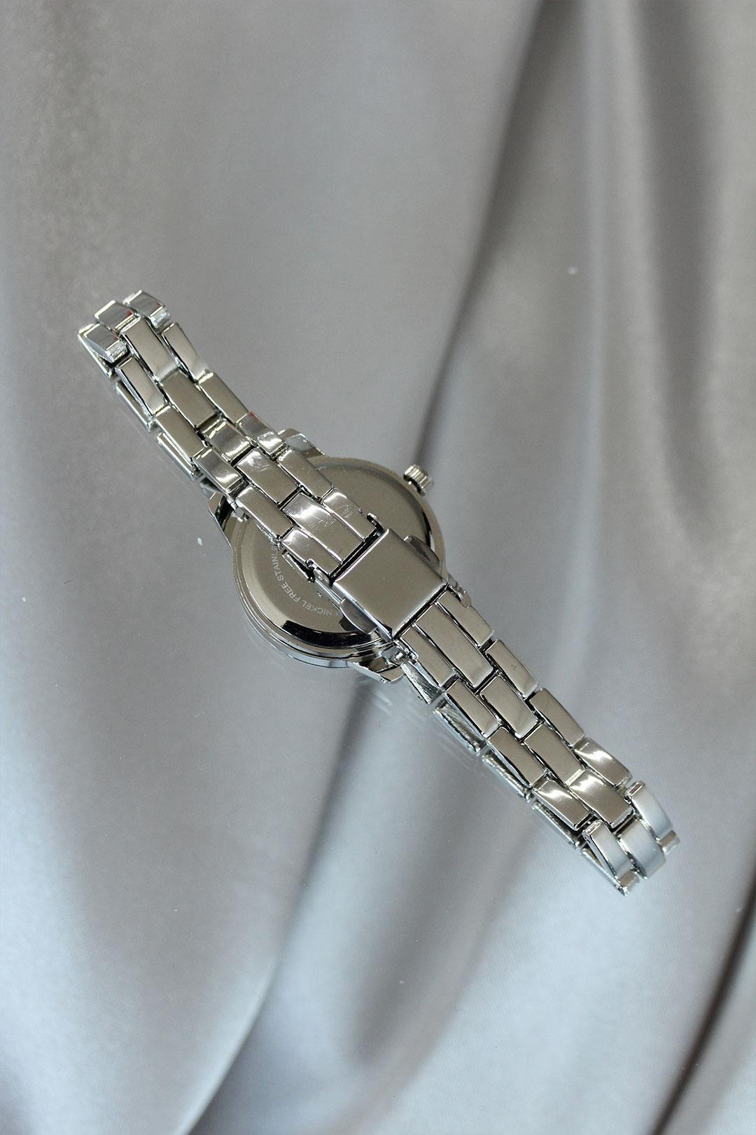 Silver Renk İnce Metal Kordonlu Kadın Saat