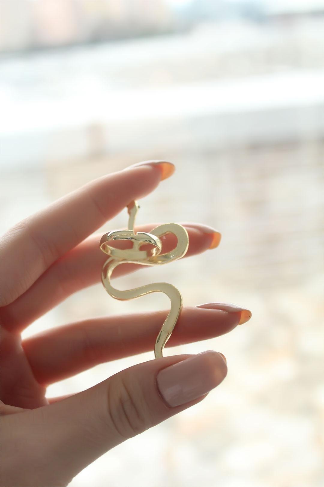 Yılan Tasarımlı Gold Ayarlanabilir Kadın Yüzük