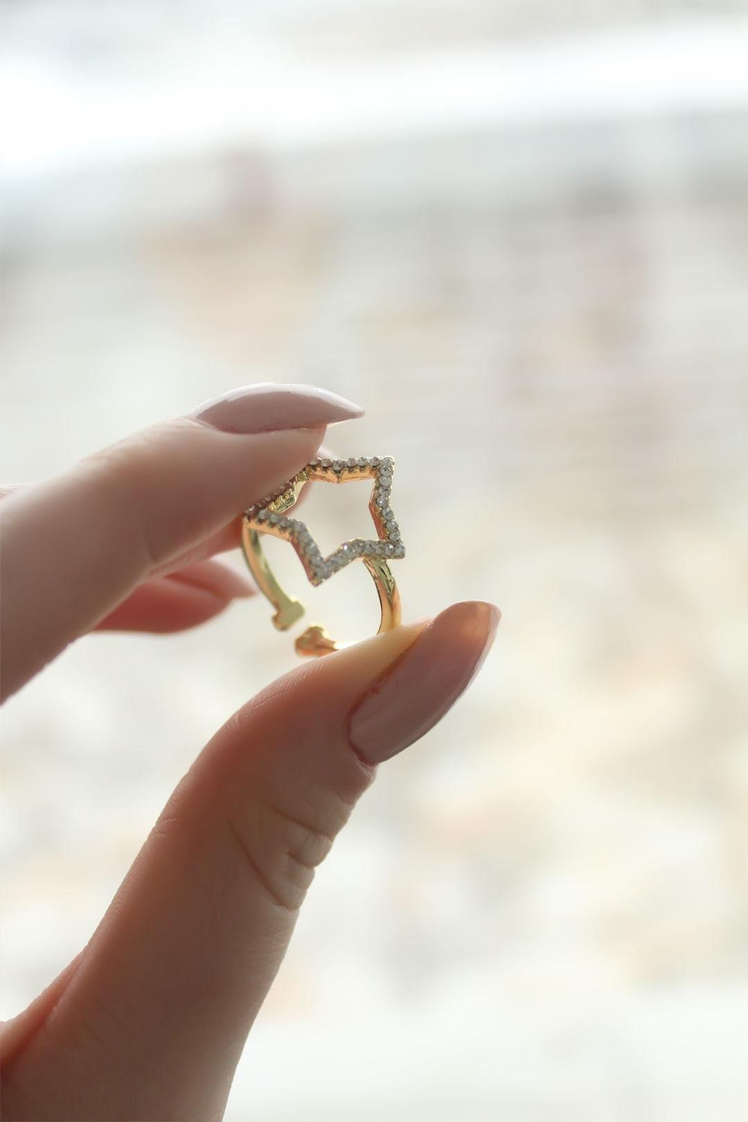 Taşlı Yıldız Model Gold Ayarlanabilir Kadın Yüzük