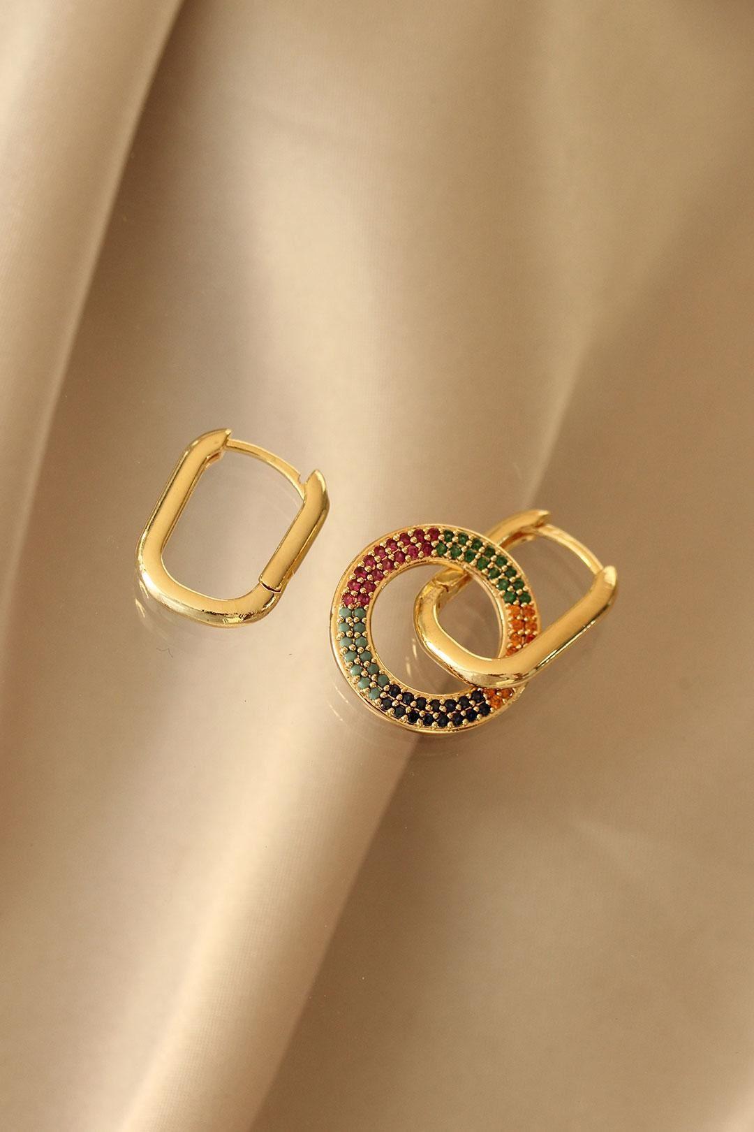 Oval Model Renkli Taşlı Çelik Küpe