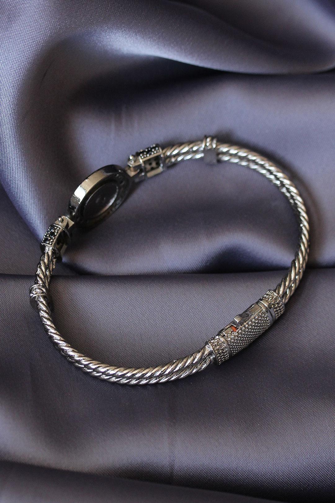 Antik Gümüş Zirkon Taşlı Aslan Figürlü Lüx Bileklik