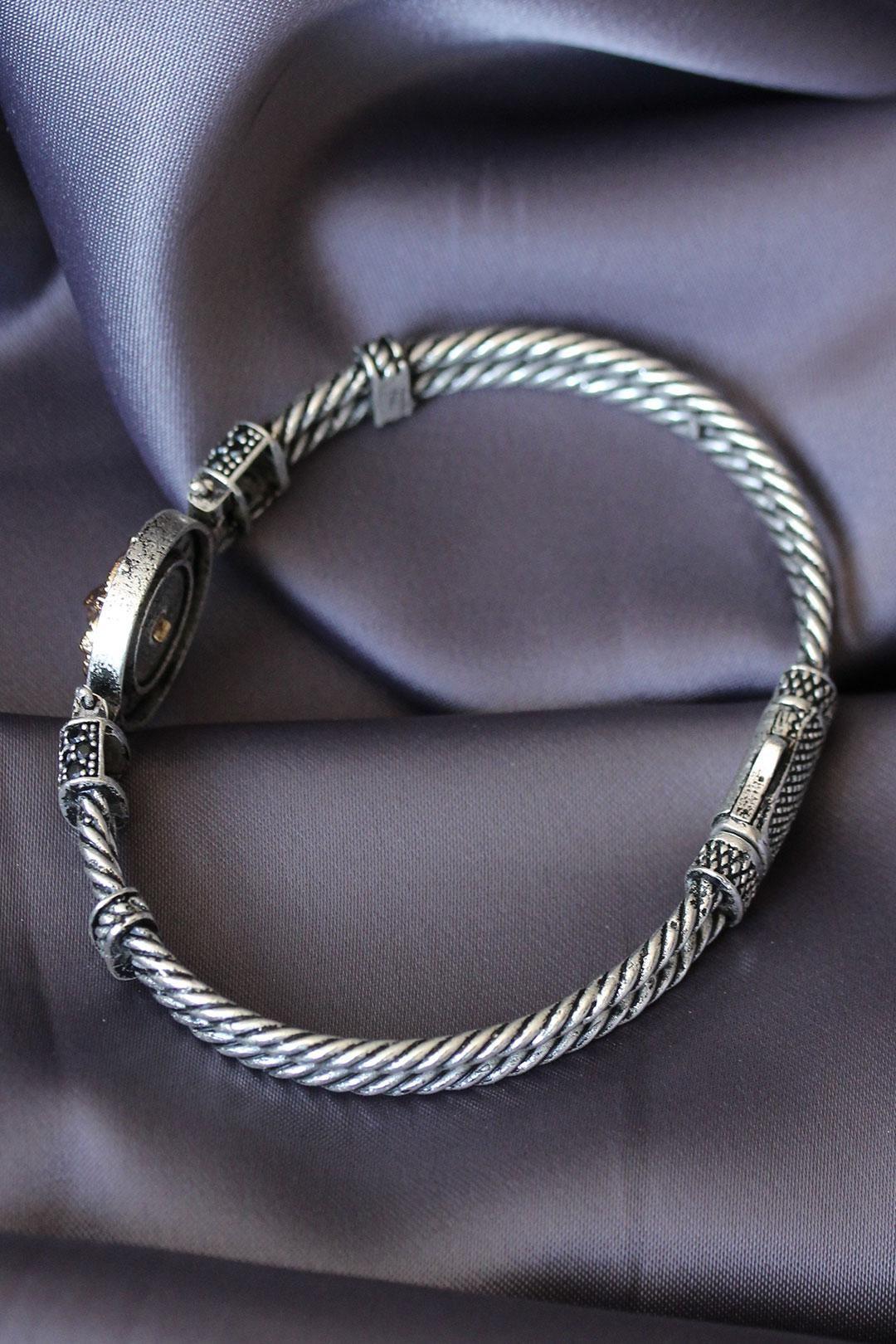 Gümüş Renk Zirkon Taşlı Gold Aslan Figürlü Lüx Bileklik