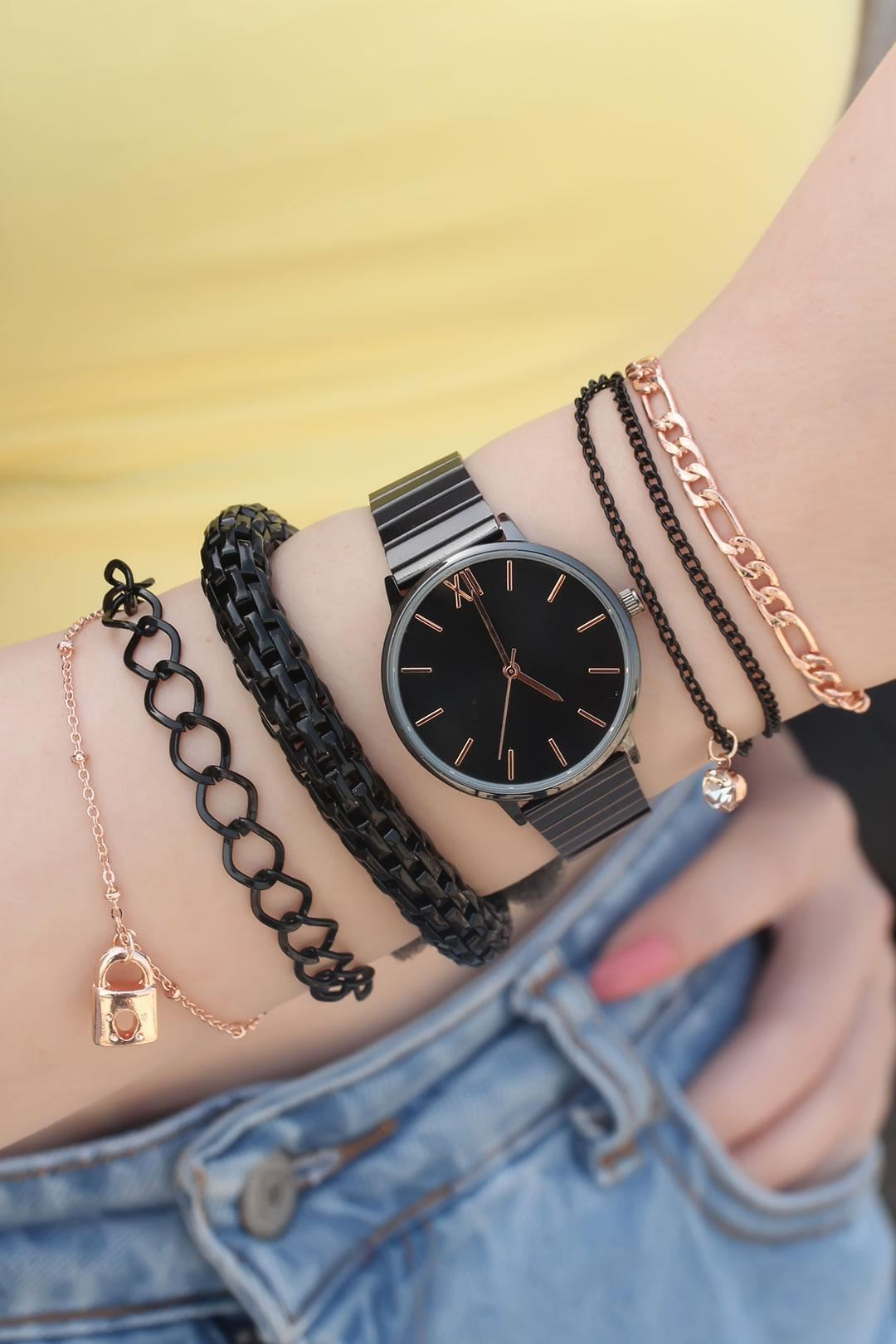 Siyah Renk Metal Kordonlu Saat ve Bileklik Kombini