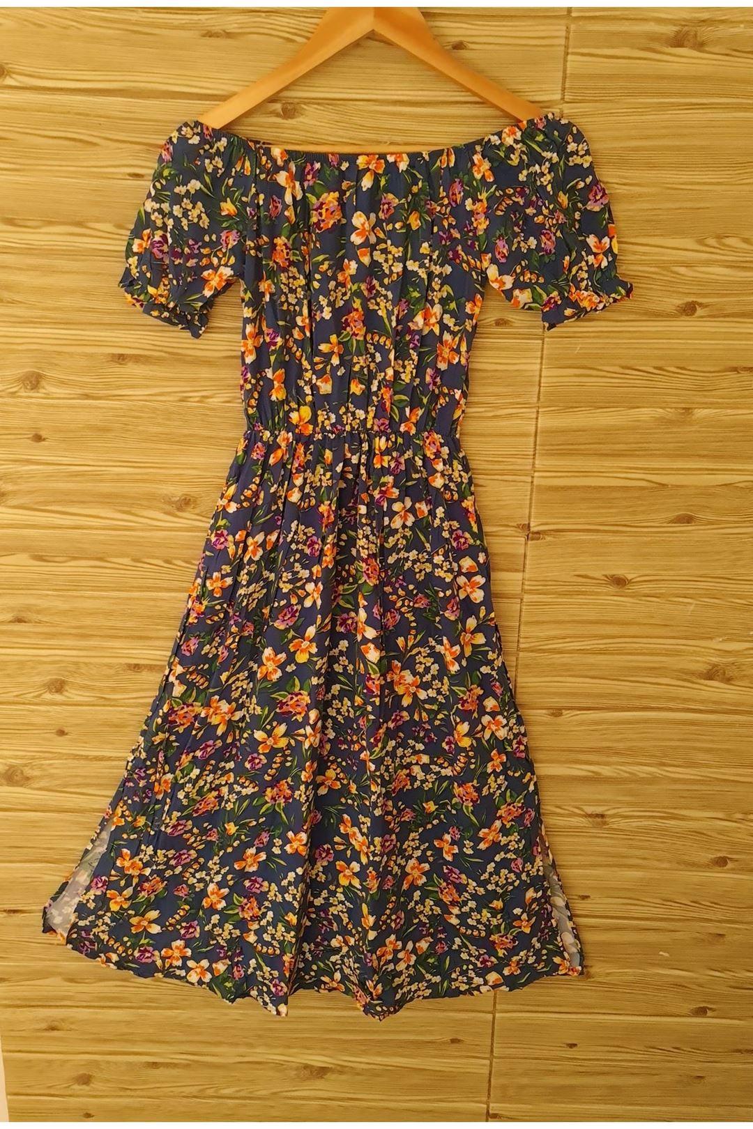 Bel Lastikli Yırtmaclı Elbise