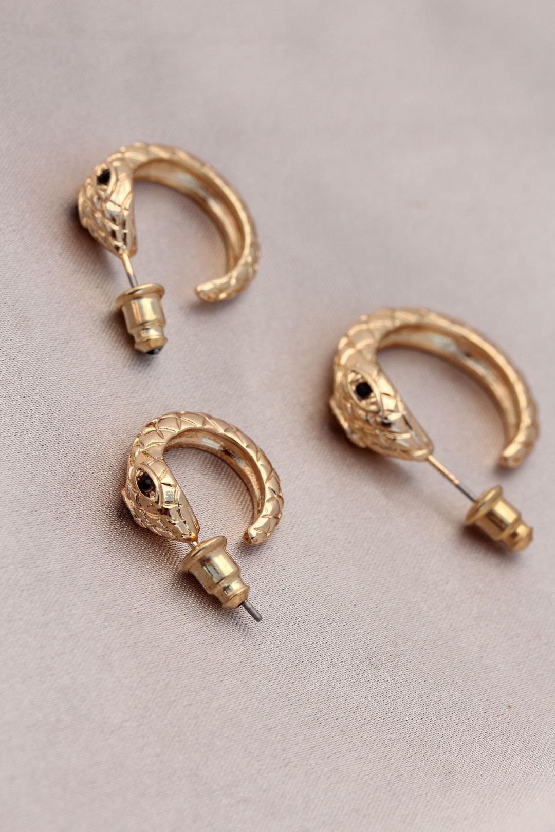 Yılan Tasarımlı Halka Model Gold Metal Küpe Seti