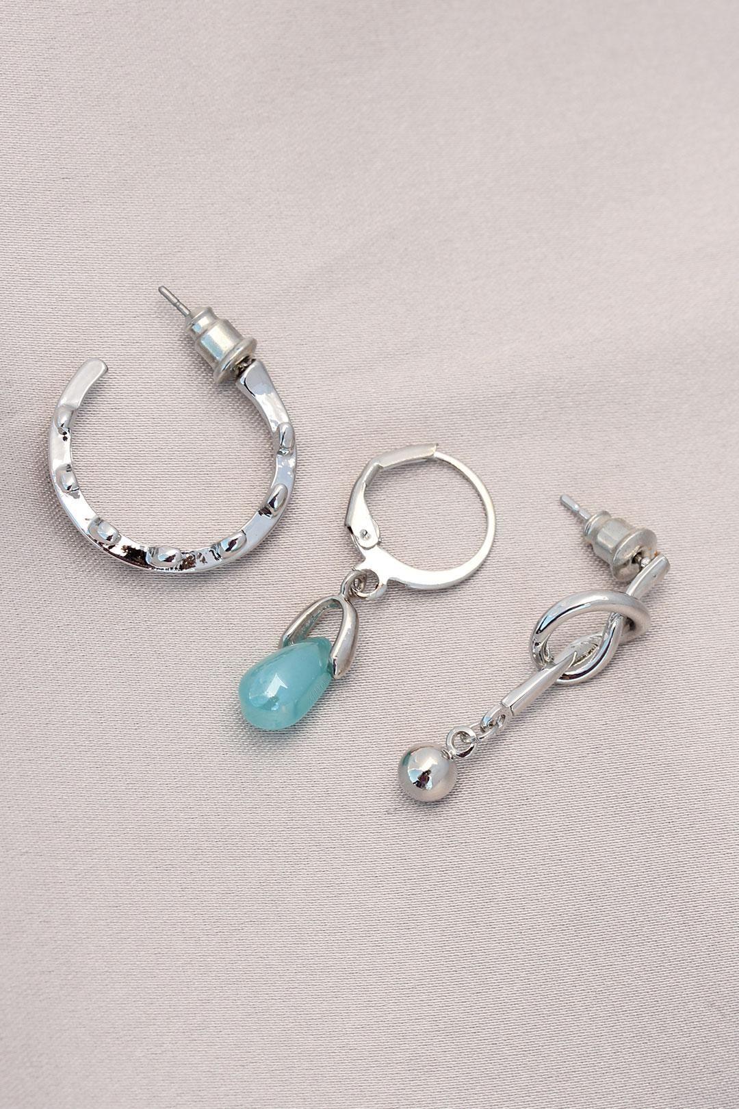 Düğüm Figürlü Mavi Taşlı Gümüş Metal Küpe Seti